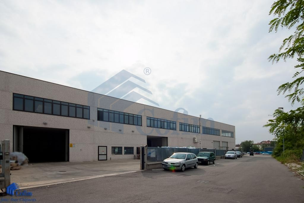 Capannone + Uffici recentissimo a  Canzo (Peschiera Borromeo) - in Affitto - 1
