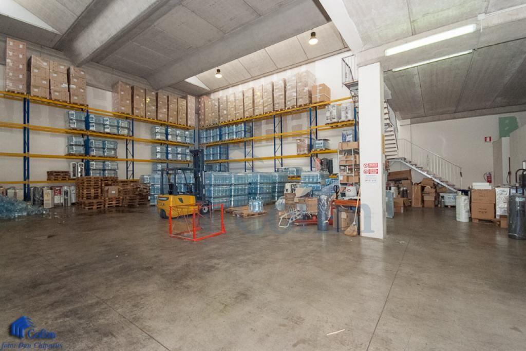 Capannone + Uffici recentissimo a  Canzo (Peschiera Borromeo) - in Affitto - 2