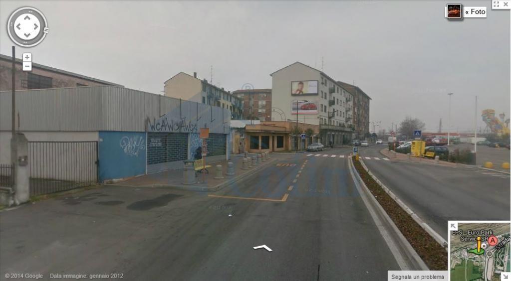 Negozio area commerciale a  Novegro (Segrate) - in Affitto - 1