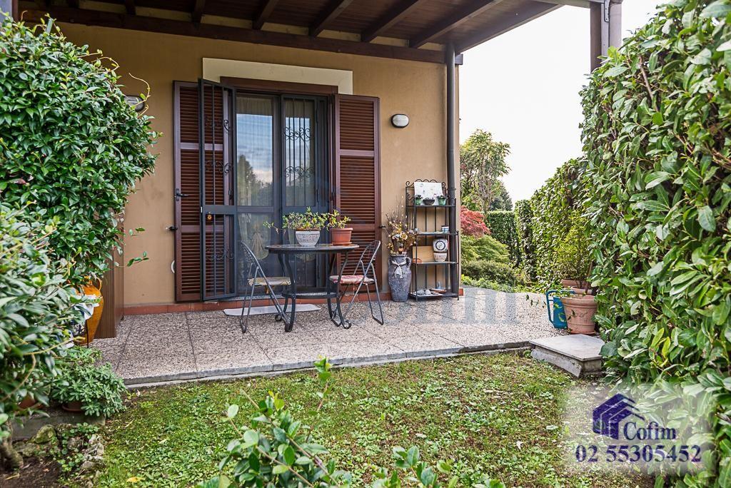 Villa a schiera con giardino su tre lati a  Zelo Foramagno (Peschiera Borromeo) in Vendita - 1