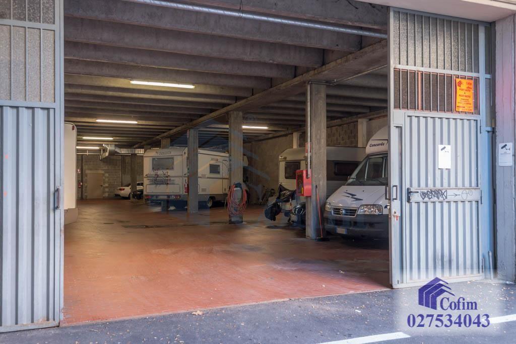 Posto auto  e moto in  San Felice (Segrate) - in Affitto - 3