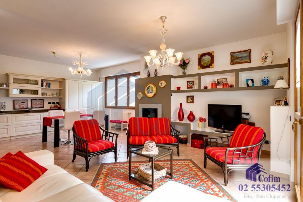 Villa a schiera completamente ristrutturata di recente Paullo - in Vendita - 9