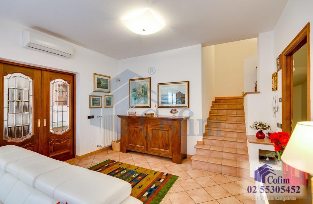 Villa a schiera completamente ristrutturata di recente Paullo - in Vendita - 10