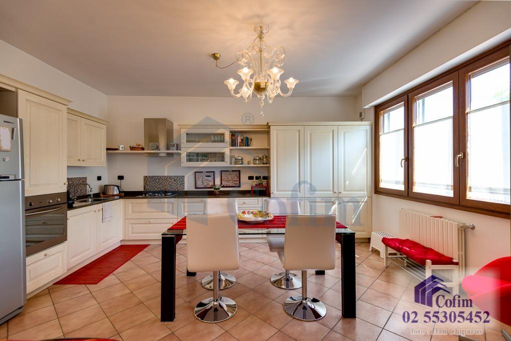 Villa a schiera completamente ristrutturata di recente Paullo - in Vendita - 7