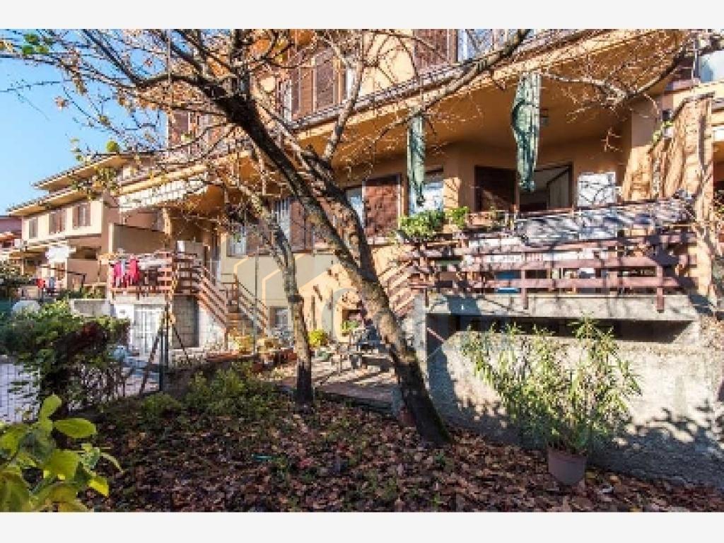 Villa a schiera ottimo investimento  Lucino (Rodano) - in Vendita - 1