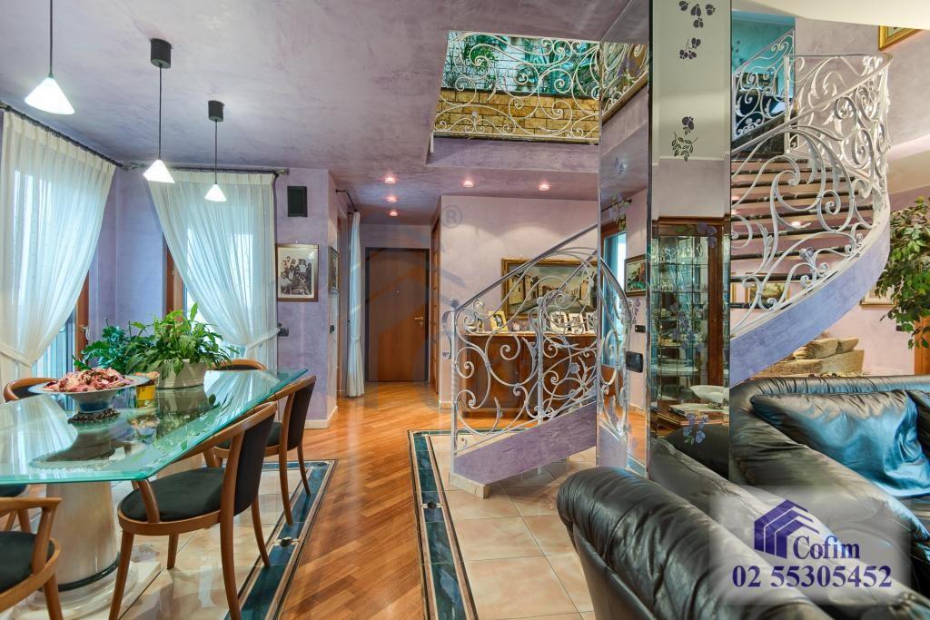 5 Locali prestigioso su due livelli Peschiera Borromeo - in Vendita - 10