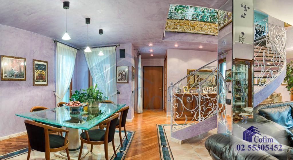 5 Locali prestigioso su due livelli Peschiera Borromeo - in Vendita - 14