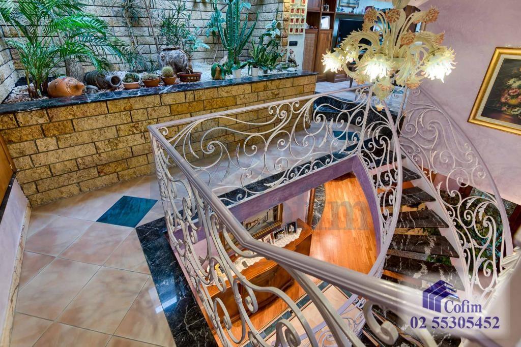 5 Locali prestigioso su due livelli Peschiera Borromeo - in Vendita - 32