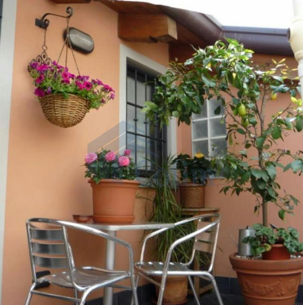 Casa indipendente su due piani elegantemente arredata  Tregarezzo (Segrate) - in Affitto - 3