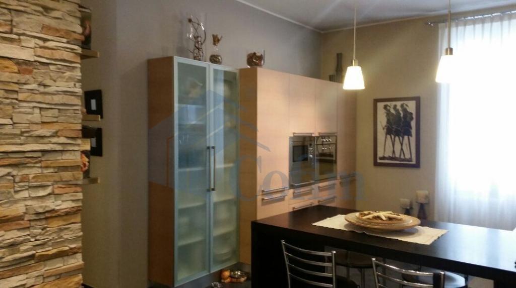 Casa indipendente su due piani elegantemente arredata  Tregarezzo (Segrate) - in Affitto - 6