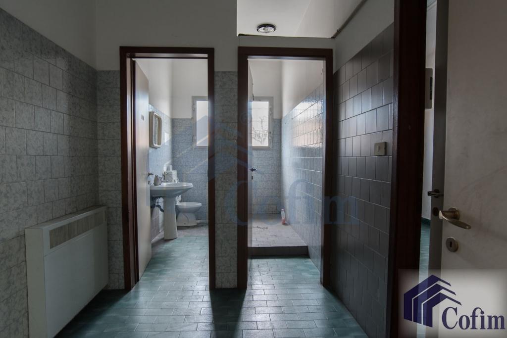 Capannone + Uffici ottimo stato in  Millepini (Rodano) - in Affitto - 6