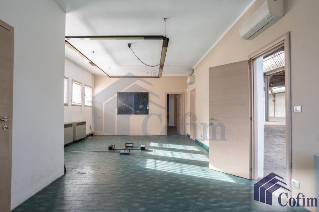 Capannone + Uffici ottimo stato in  Millepini (Rodano) - in Affitto - 10