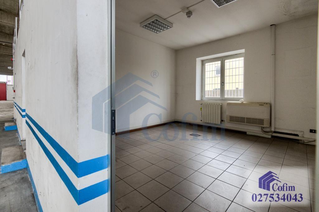 Capannone + Uffici ottimo stato in  Millepini (Rodano) - in Affitto - 17