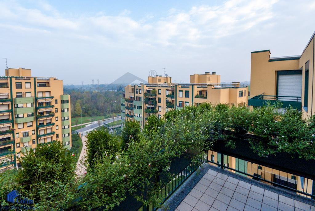 Attico prestigioso mq.300 alle Residenze Malaspina adiacente  San Felice (Segrate) - in Affitto - 1