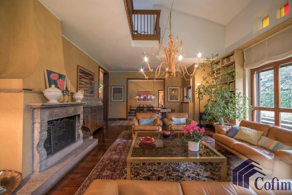 Villa singola prestigiosa con giardino di 1.600 mq  San Felice (Segrate) - in Vendita - 8