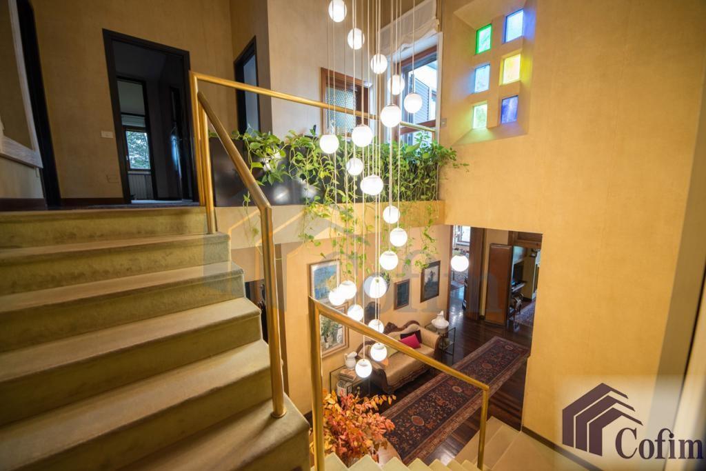 Villa singola prestigiosa con giardino di 1.600 mq  San Felice (Segrate) - in Vendita - 15