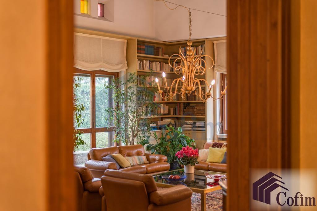 Villa singola prestigiosa con giardino di 1.600 mq  San Felice (Segrate) - in Vendita - 23