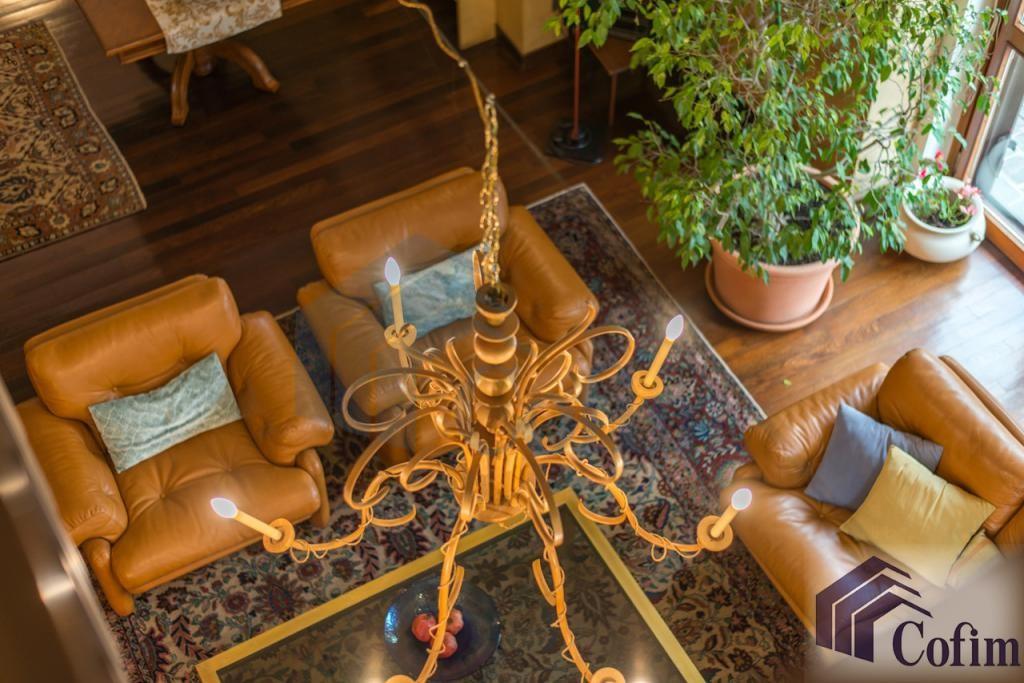 Villa singola prestigiosa con giardino di 1.600 mq  San Felice (Segrate) - in Vendita - 26