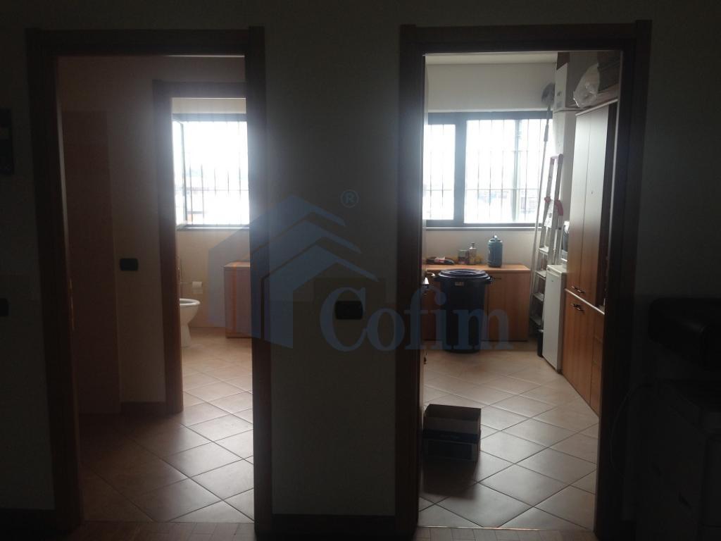 Ufficio completamente arredato in Truccazzano - in Affitto - 8