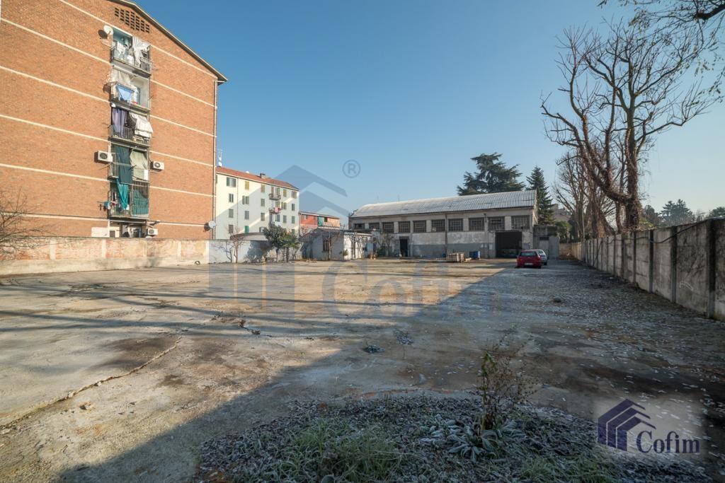 Capannone più Terreno edificabile  Novegro (Segrate) - in Vendita - 3