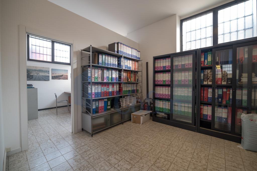 Ufficio luminoso open space  Redecesio (Segrate) Affitto in Esclusiva - 8
