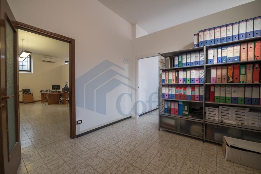Ufficio luminoso open space  Redecesio (Segrate) Affitto in Esclusiva - 9