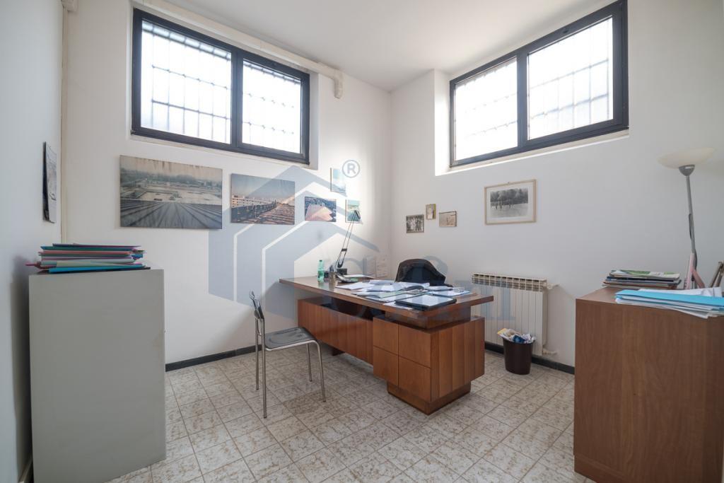 Ufficio luminoso open space  Redecesio (Segrate) - in Affitto - 1