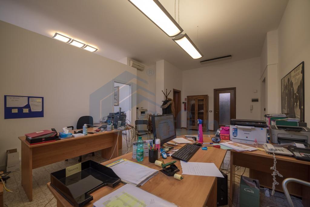 Ufficio luminoso open space  Redecesio (Segrate) - in Affitto - 5