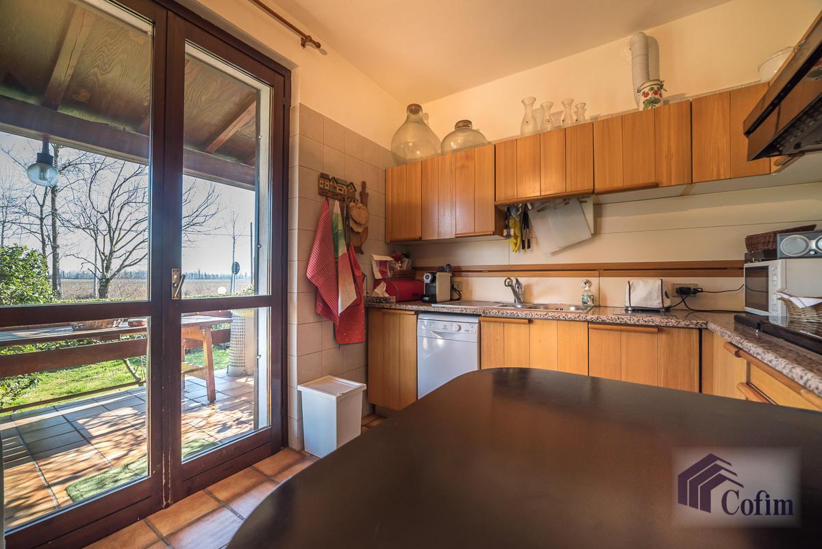 Villa singola immersa nel verde di  Millepini (Rodano) - in Vendita - 5