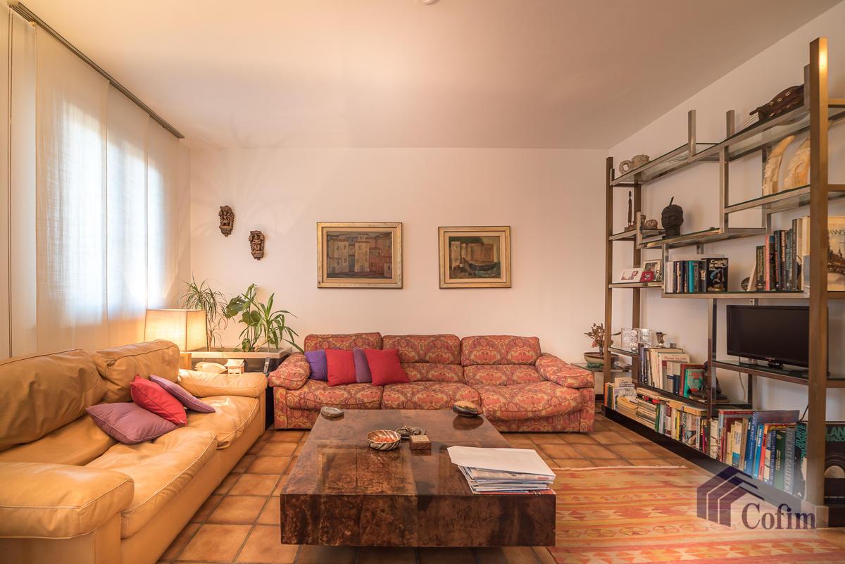 Villa singola immersa nel verde di  Millepini (Rodano) - in Vendita - 8