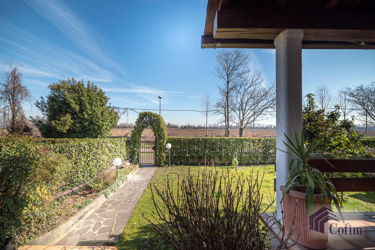 Villa singola immersa nel verde di  Millepini (Rodano) - in Vendita - 3