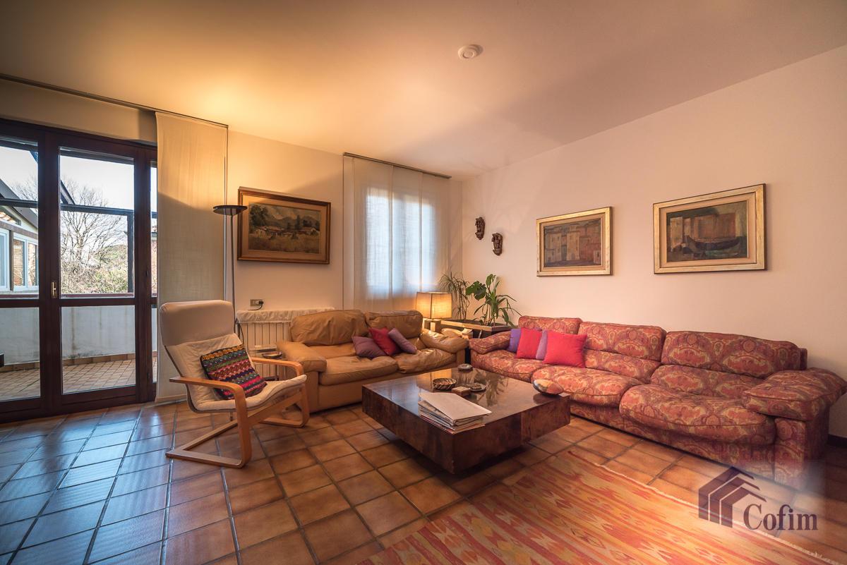 Villa singola immersa nel verde di  Millepini (Rodano) - in Vendita - 7