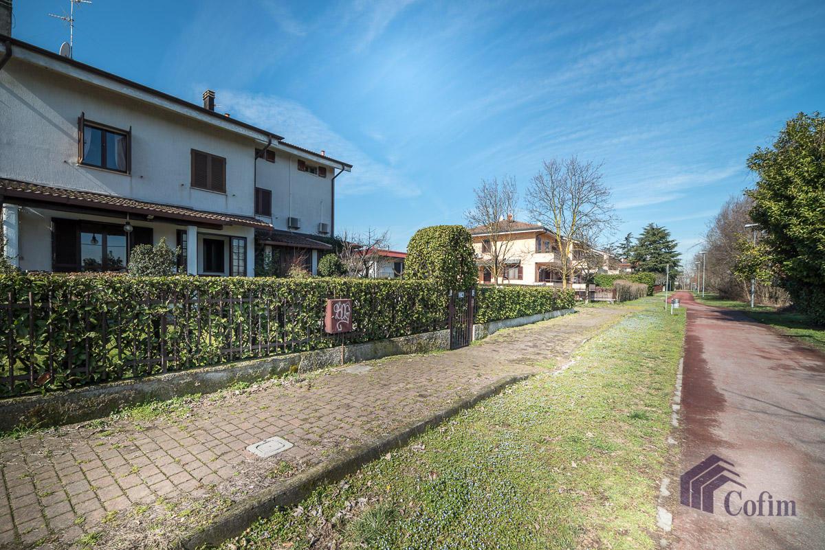 Villa singola immersa nel verde di  Millepini (Rodano) - in Vendita - 2