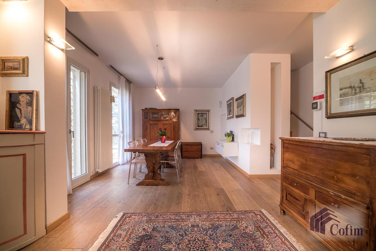 Villa singola completamente ristrutturata  Millepini (Rodano) - in Vendita - 12