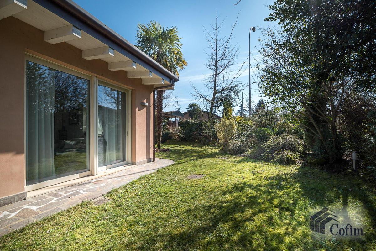 Villa singola completamente ristrutturata  Millepini (Rodano) - in Vendita - 5