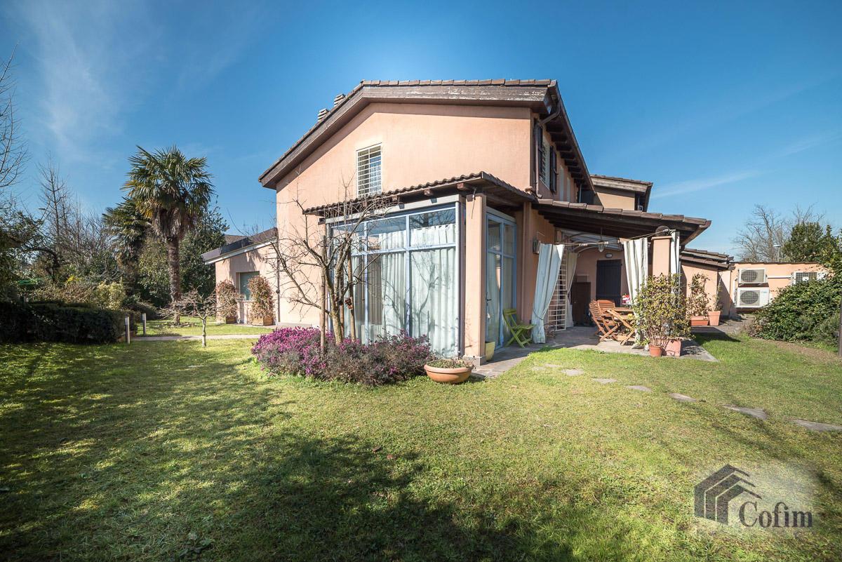 Villa singola completamente ristrutturata  Millepini (Rodano) - in Vendita - 4
