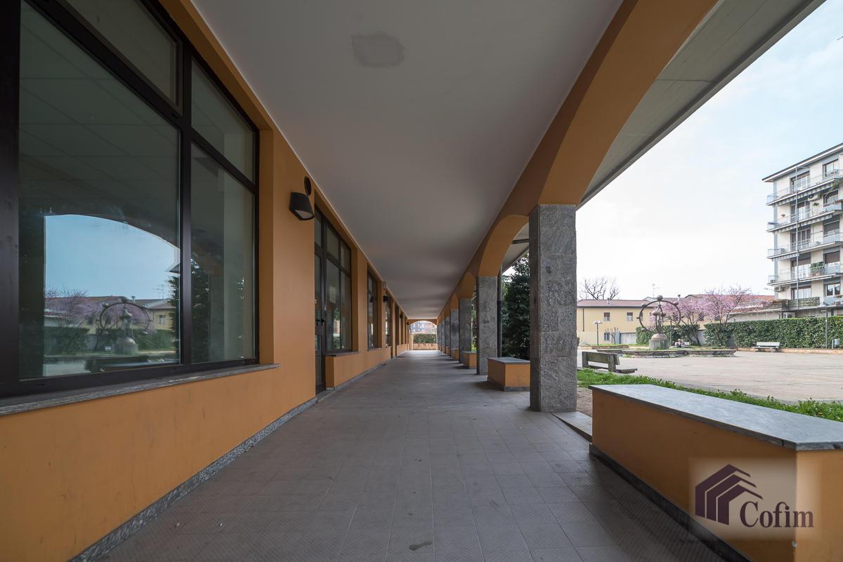 Negozio spazioso  Zelo Foramagno (Peschiera Borromeo) - in Affitto - 3