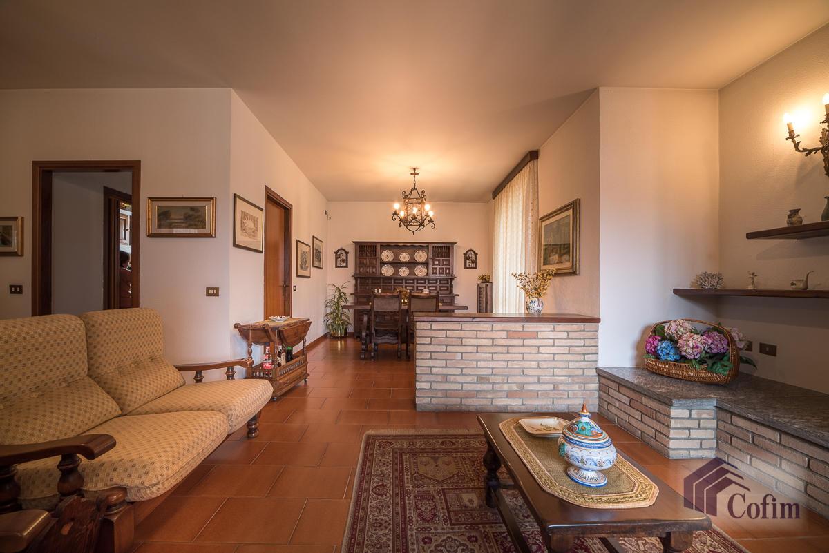 Villa singola oltre a bilocale  Robbiano (Mediglia) - in Vendita - 9