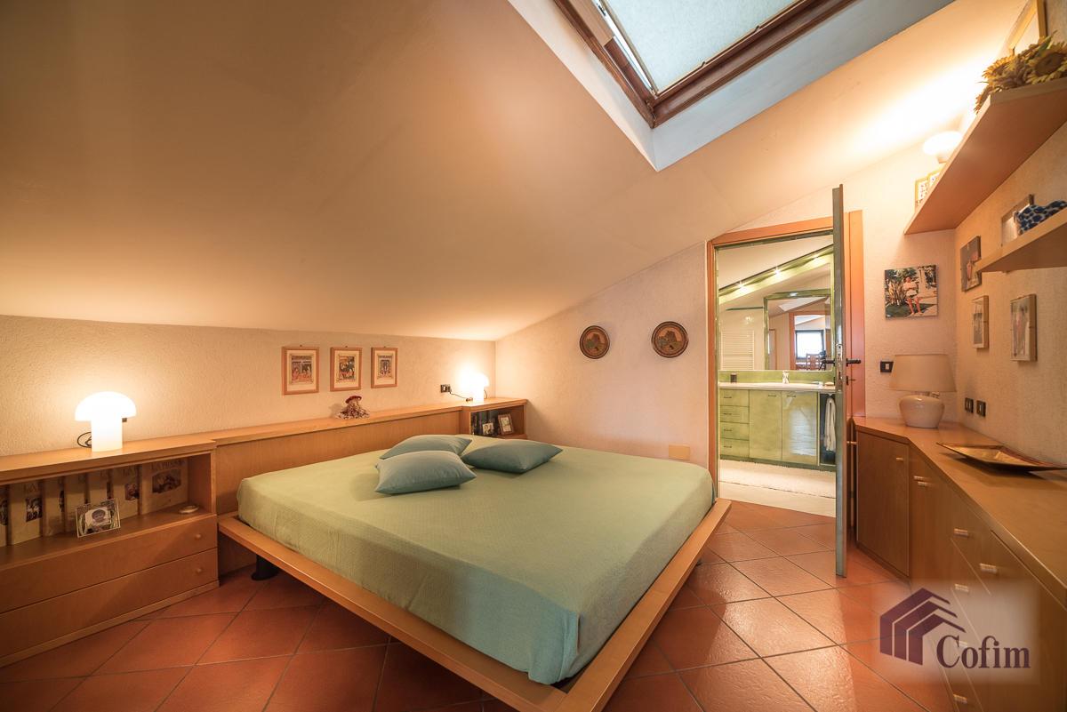 Villa singola oltre a bilocale  Robbiano (Mediglia) - in Vendita - 20