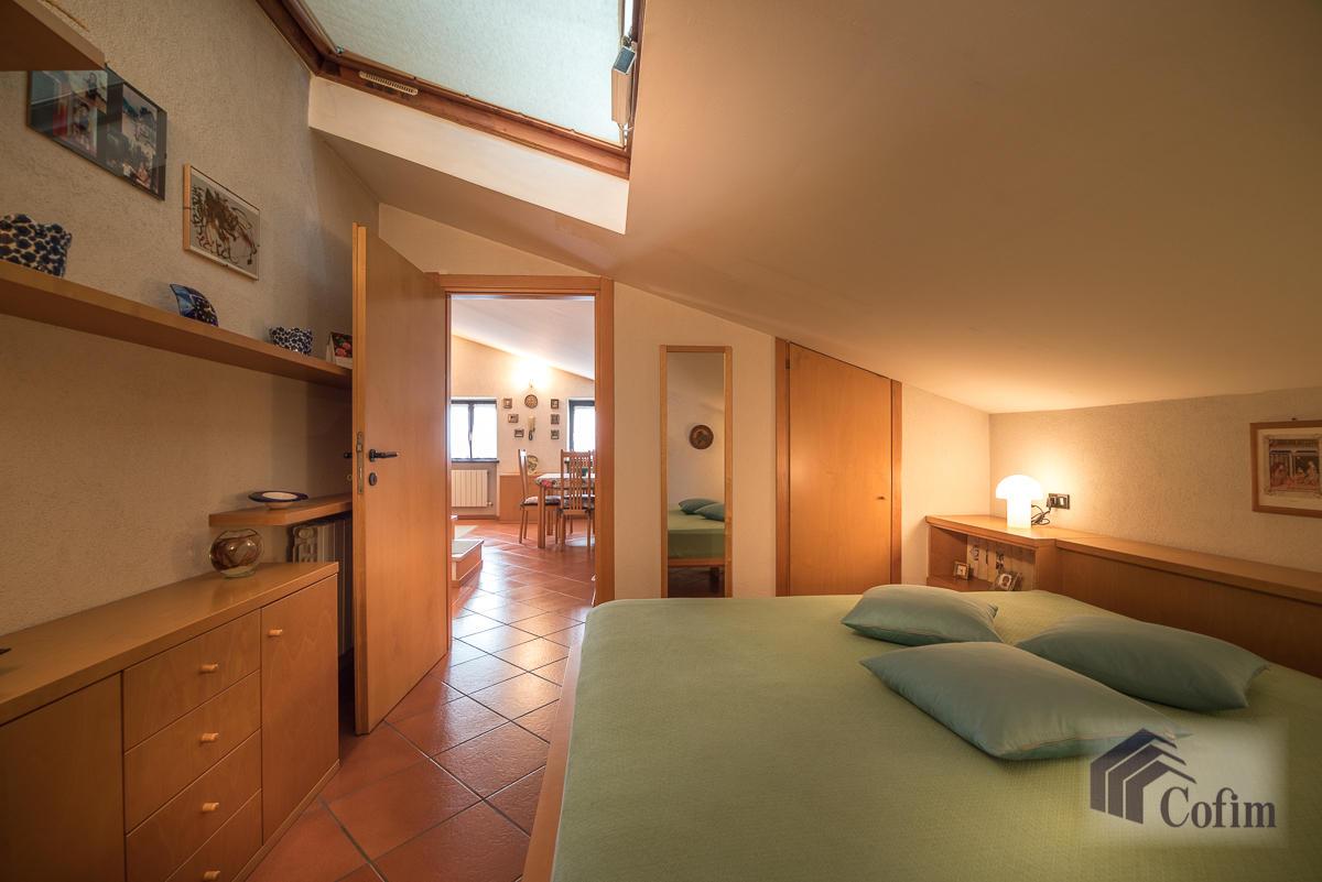Villa singola oltre a bilocale  Robbiano (Mediglia) - in Vendita - 24