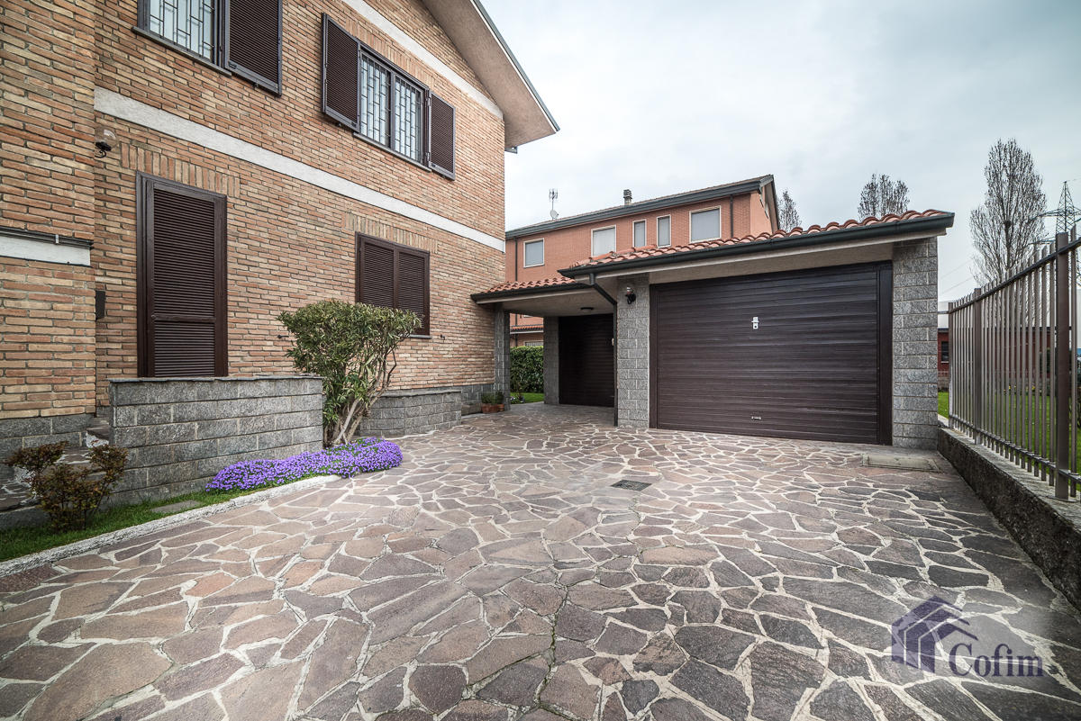 Villa singola oltre a bilocale  Robbiano (Mediglia) - in Vendita - 6