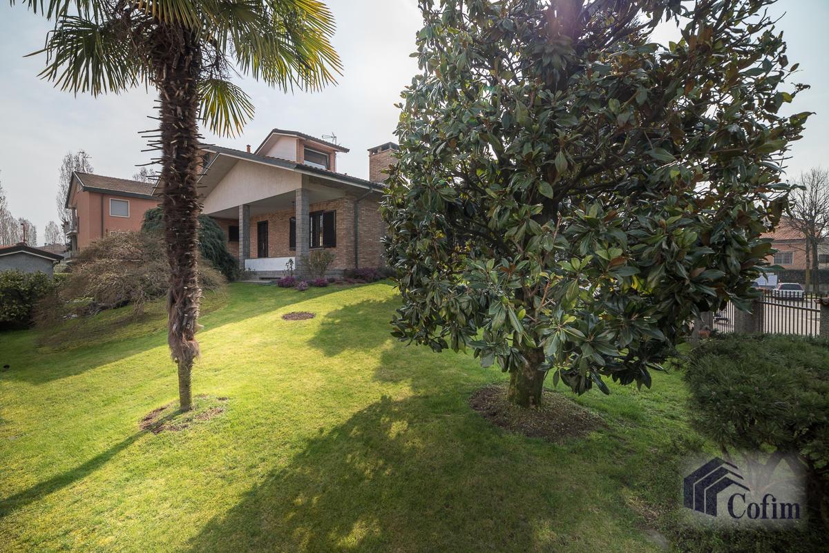 Villa singola oltre a bilocale  Robbiano (Mediglia) - in Vendita - 3