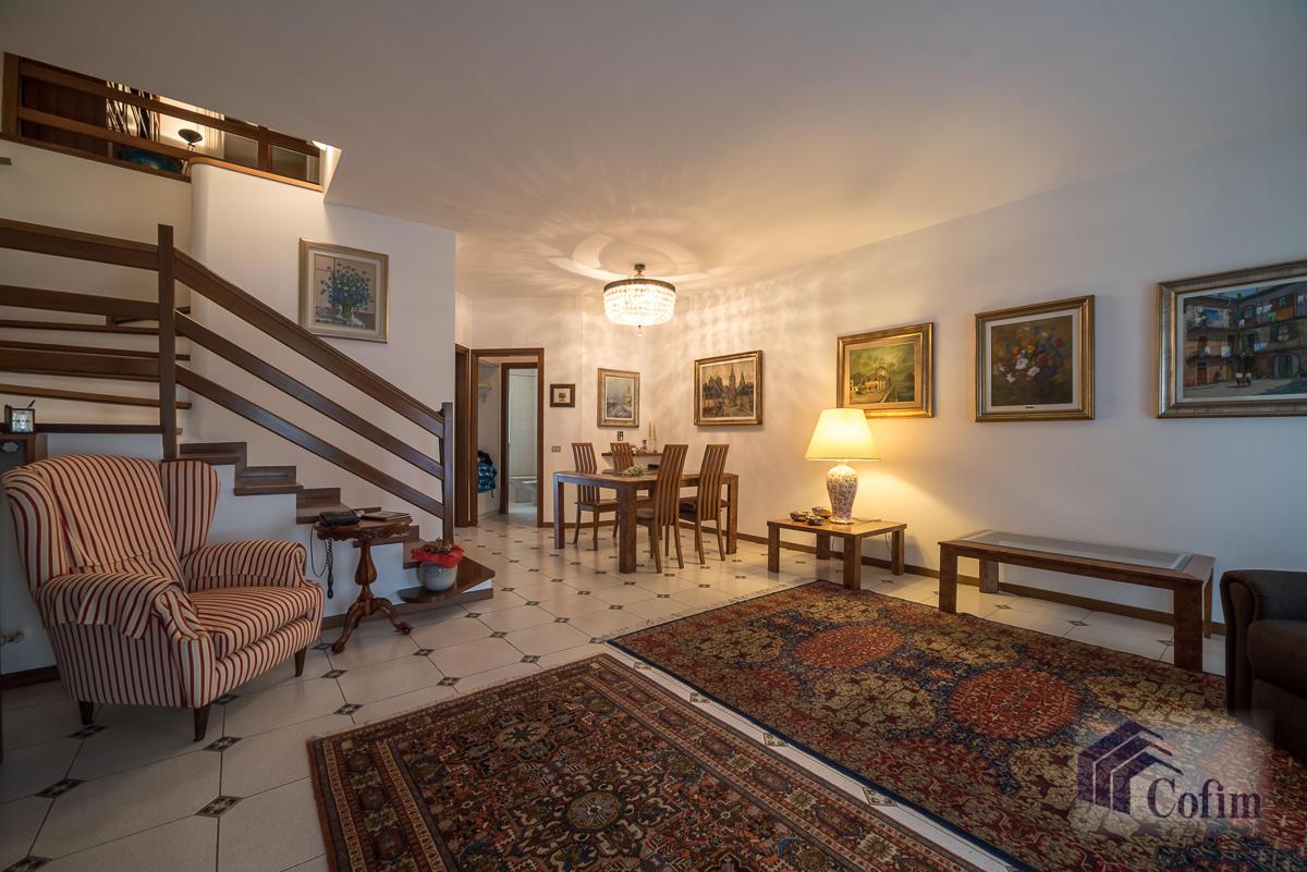 Villa a schiera con giardino su tre lati a  Zelo Foramagno (Peschiera Borromeo) Vendita in Esclusiva - 8