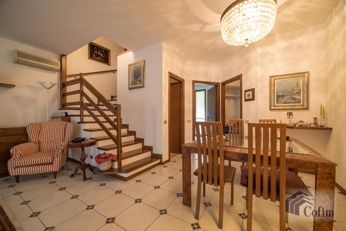 Villa a schiera con giardino su tre lati  Foromagno (Peschiera Borromeo) - in Vendita - 10