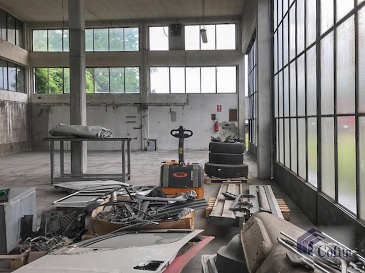 Capannone + Uffici e grande piazzale  Canzo (Peschiera Borromeo) - in Affitto - 4