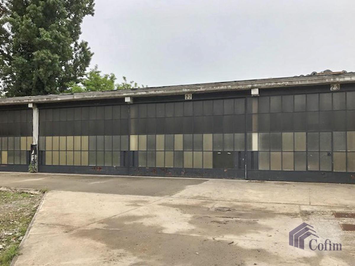 Capannone + Uffici e grande piazzale  Canzo (Peschiera Borromeo) - in Affitto - 3