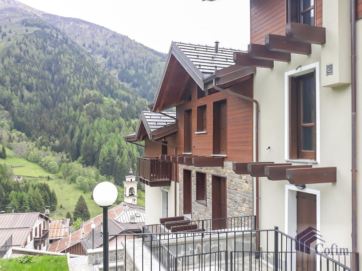 Appartamento diverse tipologie  Precasaglio (Ponte di Legno) - in Vendita - 4