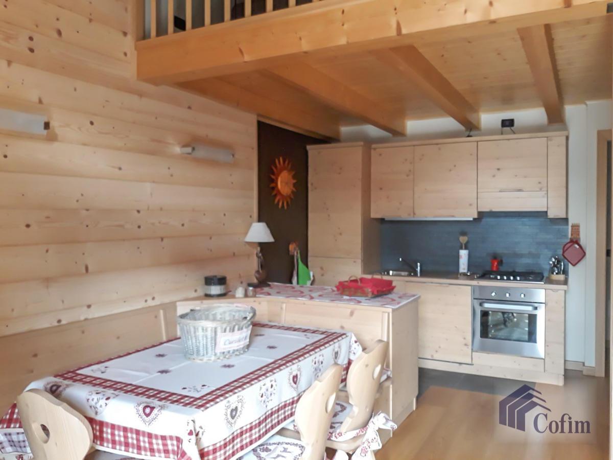 Appartamento diverse tipologie  Precasaglio (Ponte di Legno) - in Vendita - 20