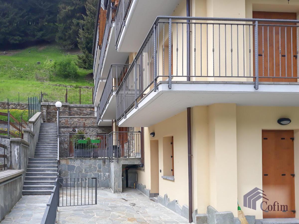 Appartamento diverse tipologie  Precasaglio (Ponte di Legno) - in Vendita - 10