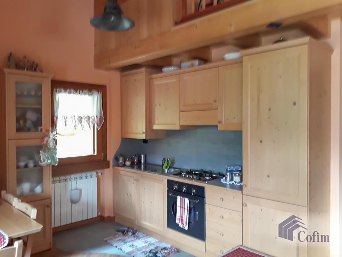 Appartamento diverse tipologie  Precasaglio (Ponte di Legno) - in Vendita - 24